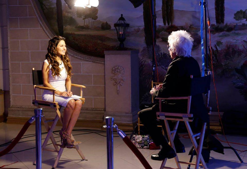 Významná televizní / rozhlasová moderátorka a aktivistka, Kerri Kasem na desátém výročím společenském večeru provedla rozhovory s hlavními řečníky a některými z oceněných hrdinů Drug Free Hero 2017