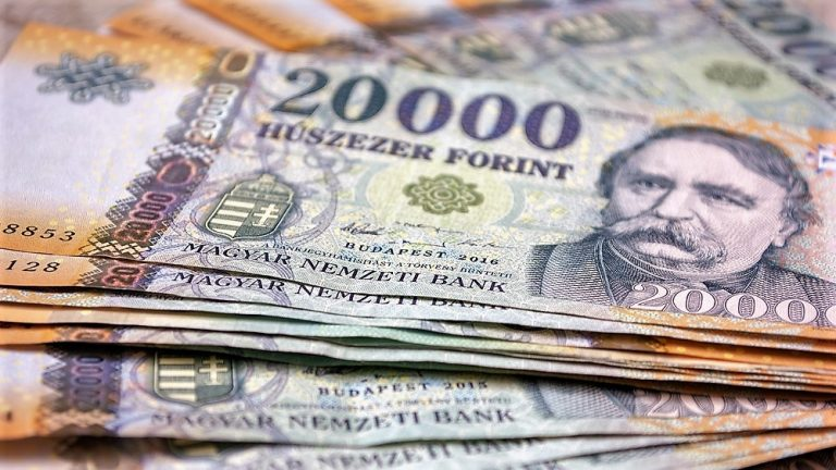 maďarské bankovky