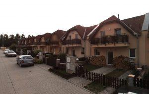 Pronájem rodinného domu 3+kk Nučice Praha - západ